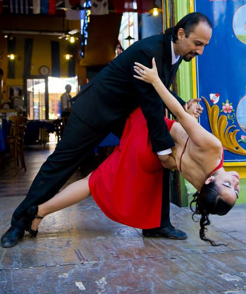 Tango_couple_San_Telmo_Photography_Tour_Argentina1