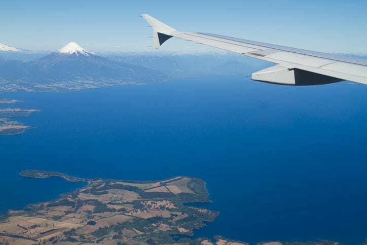 Patagonia_airport_On_flight_approach
